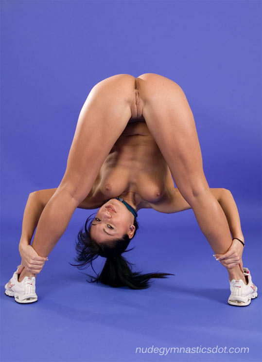 Nude female contortionists